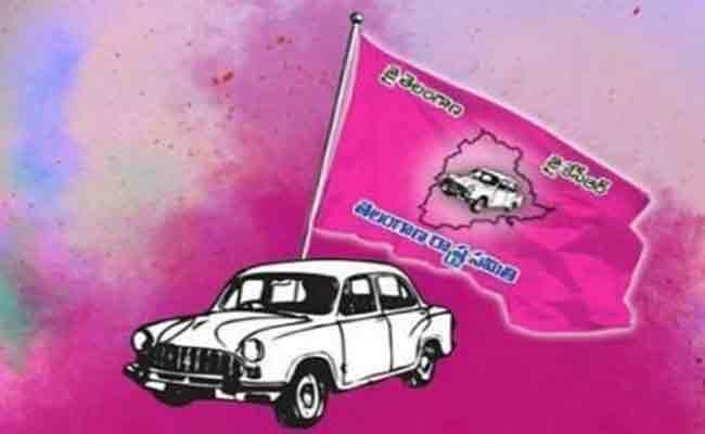 TRS Party Likely To Give Ramalinga Reddy Dubbaka Ticket To His Wife Sujata - Sakshi
