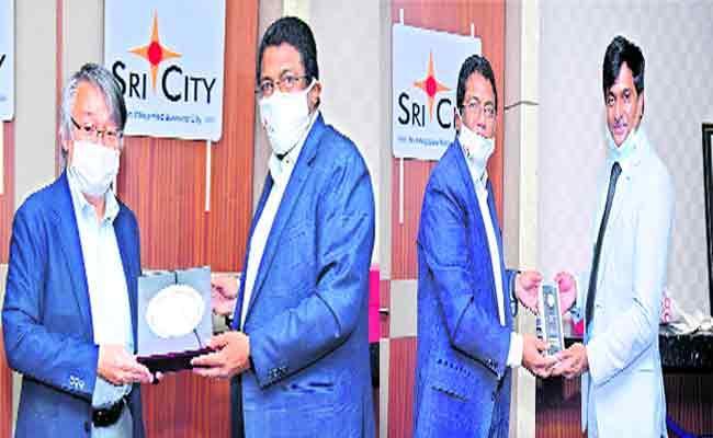 Japan Consul General Tagamasuyuki Visited Sri city On Monday - Sakshi