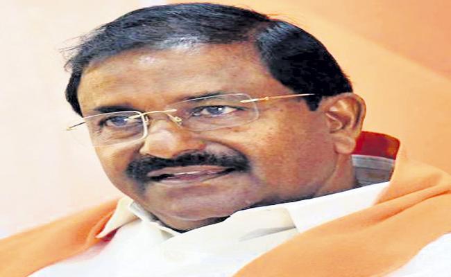 Insider trading took place in Amaravati - Sakshi