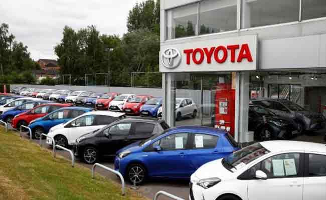 Toyota Planning To Invest Two Thousand Crores In India - Sakshi