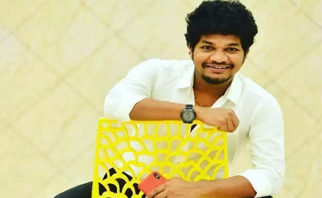 Bigg Boss 4 Telugu: Jabardasth Avinash Is Second Wild Card Contestant - Sakshi