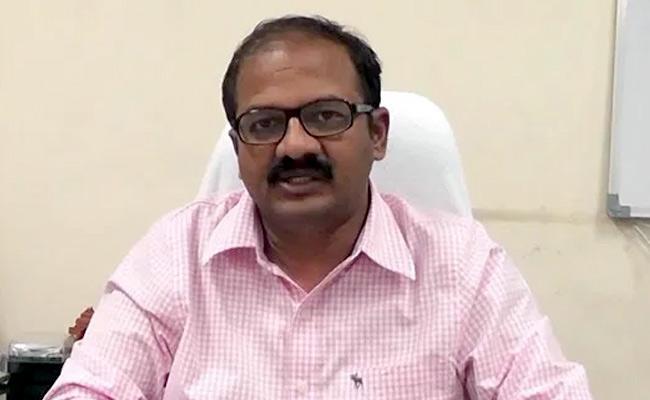 K Kannababu Warns AP People Over Thunderstorm Rain In Vijayawada - Sakshi
