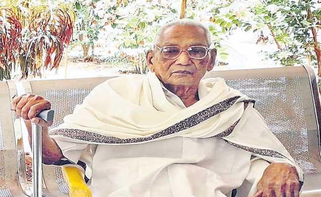 103 Age Paruchuri Ramaswamy Recovered From Coronavirus - Sakshi