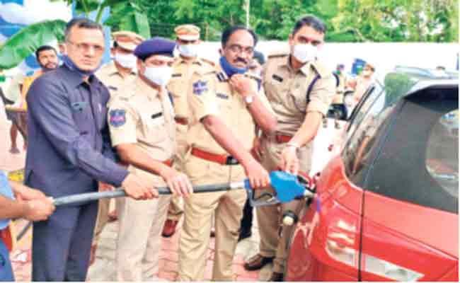 Police Give Employment To Prisoners In Mahabubnagar - Sakshi
