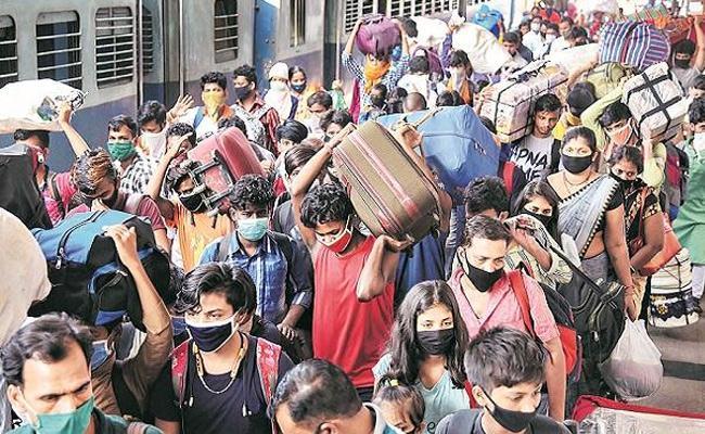 97 Migrants Died On Shramik Special Trains Says Railways - Sakshi