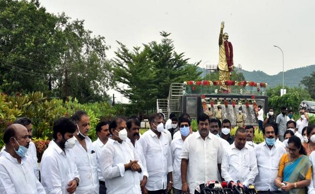 YS Rajasekhara Reddy Will Always Remain In People Hearts  - Sakshi