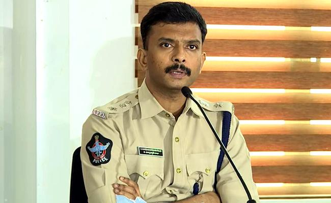 DCP Harshavardhan Raju Revealed Online Cricket Betting Gang - Sakshi