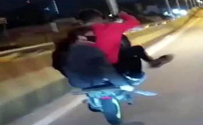 Youth Dangerous Driving on Tumkur Highway - Sakshi