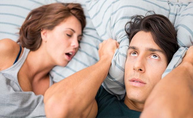 Boyfriend Uses Bizarre Hack To Stop His Firlfriend From Snoring - Sakshi