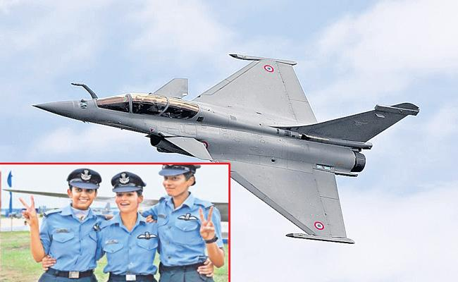 Woman fighter pilot selected to fly Rafale combat jets - Sakshi