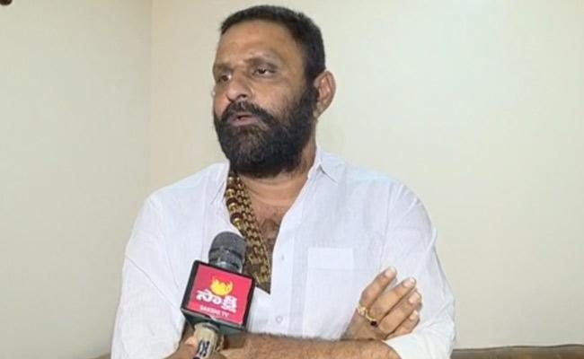 Minister Kodali Nani Fires On Chandrababu - Sakshi