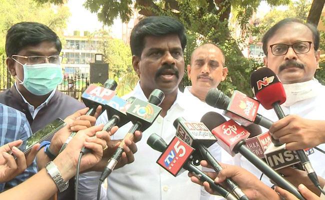 MP Gorantla Madhav Speak To Media Over Central Ministers Meeting - Sakshi