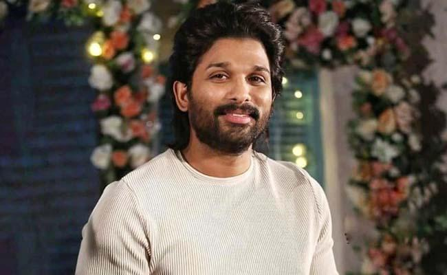 Allu Arjun Die Hard Fan Walks 250 KMs To Meet The Stylish Star - Sakshi