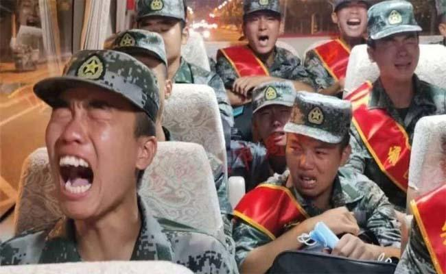 Viral: Chinese Soldiers Crying On Way To India Border - Sakshi
