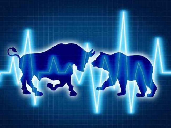 Market ends flat despite volatile session - Sakshi