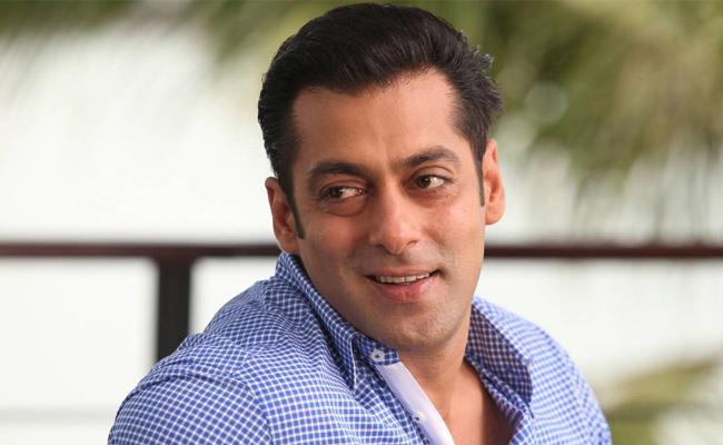 Salman Khan Reveals Lockdown Was His Longest Break In 30 Years - Sakshi