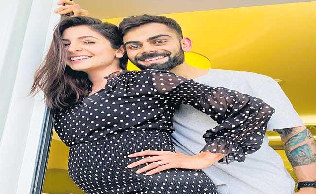 Anushka Sharma Questions Sunil Gavaskar - Sakshi