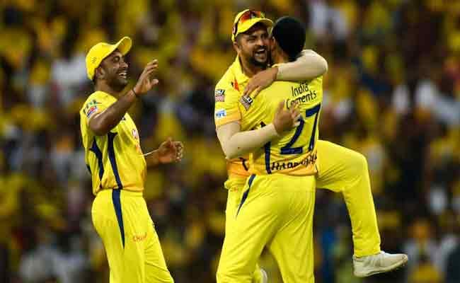 Absence Of Suresh Raina And Rayudu Became Difficult To CSK - Sakshi
