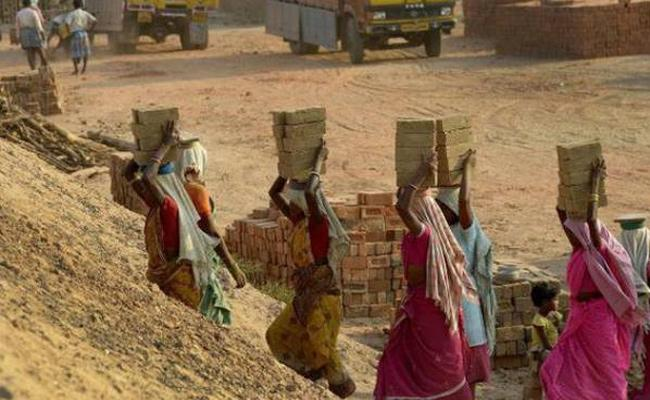 Bonded Labour Last 8 Year Old Son In Madhya Pradesh Due To Illness - Sakshi