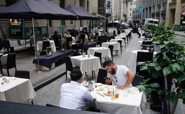 New York Permanently Switch To Outdoor Dining Amid Pandemic - Sakshi