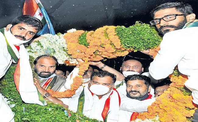 Telangana Congress In Charge Manickam Tagore First Time Visits Telangana - Sakshi