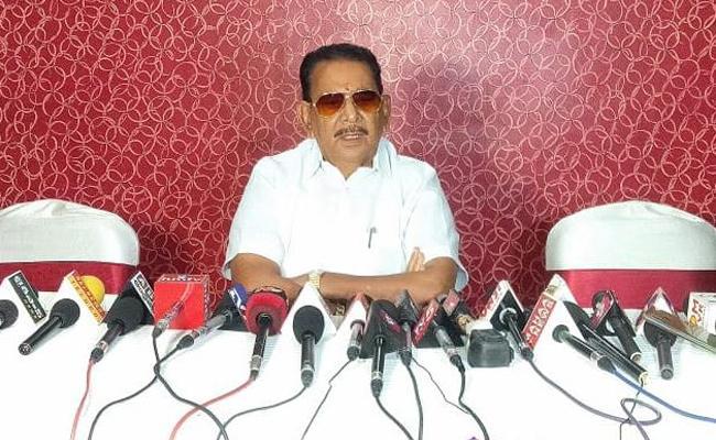 TDP Leader Gadde Babu Rao resigns from party - Sakshi