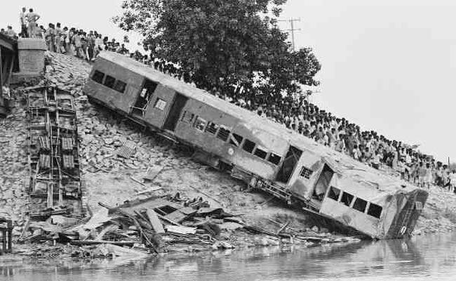 Yeswanthpur Train Accident Completed 66 Years In Warangal District - Sakshi