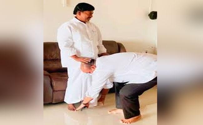 Kuna Ravi Kumar Appointed As Srikakulam Parliamentary President - Sakshi