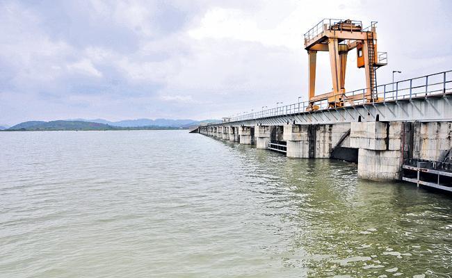 Rivers full of water with abundant rainfall in AP - Sakshi