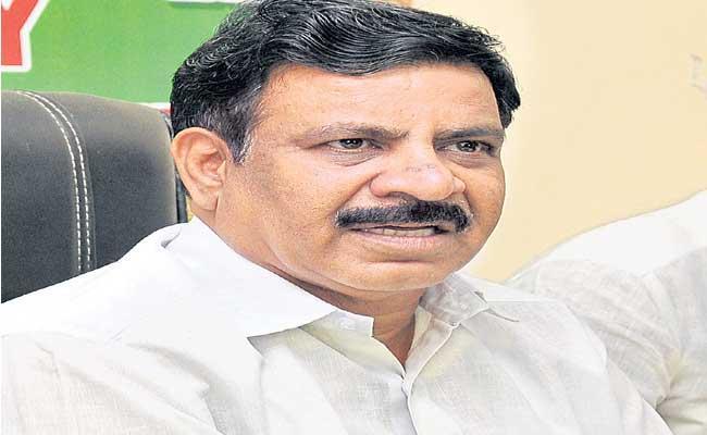 Cheruku Sudhakar Fires On KCR - Sakshi