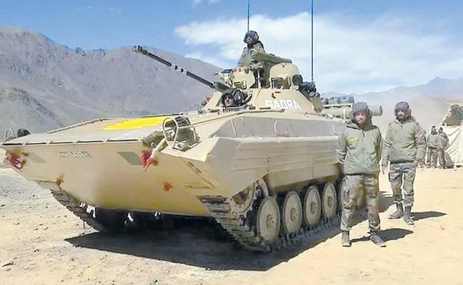 Indian Army is tanks battle-ready to take on China in Ladakh - Sakshi