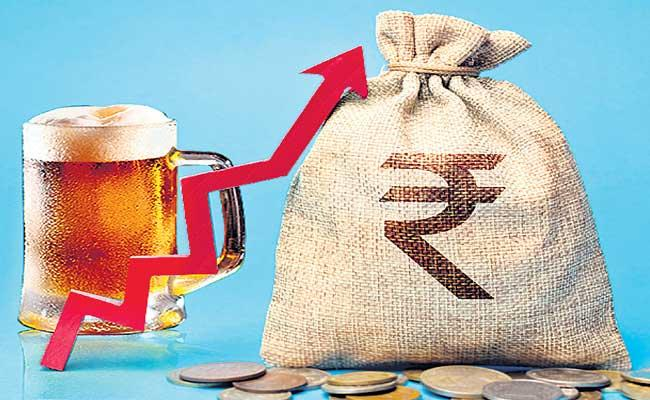 8000 Crores Income For Excise Department In Telangana - Sakshi