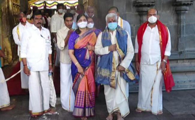 MP Vijayasai Reddy Visits Tirumala Sri Venkateshwara Swamy - Sakshi