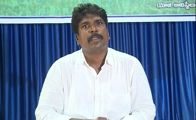 Police Constable Resign Job To Support AP Three Capital Decision - Sakshi