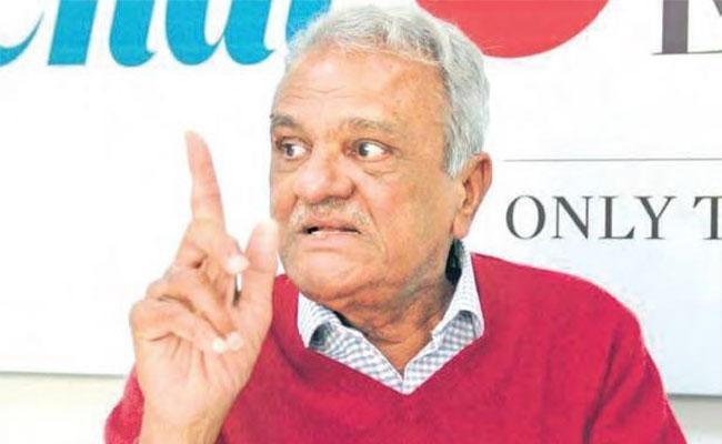CPI Leader Narayana Fires On Pawan Kalyan - Sakshi