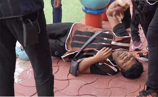 Bigg Boss 4 Telugu: Avinash Suddenly Fell Down During Task - Sakshi