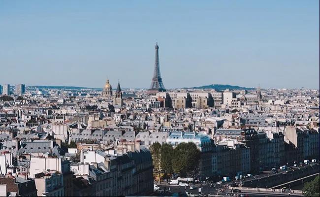 Major Blast in Paris Sound Heard all Over City - Sakshi