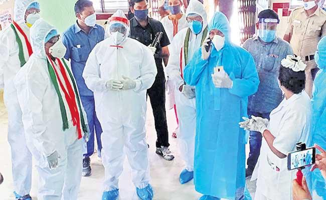 Bhatti Vikramarka Demands Health Emergency In Telangana - Sakshi