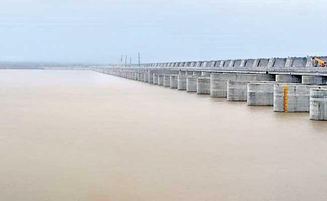 Central Government Questions On Kaleshwaram Additional TMC Works - Sakshi