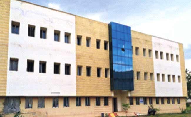 Yogi Vemana University Will Get 21st Century Gurukulam Buildings - Sakshi