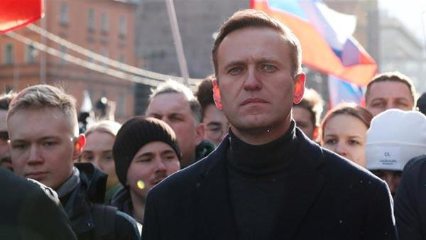 Russia Responds On Kremlin Critic Poisoning Probe - Sakshi