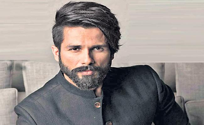 Shahid Kapoor to Make His OTT Debut With Action-Thriller movies - Sakshi