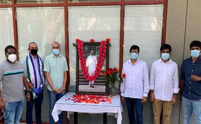 Condolense To YSR In California On 11th Death Anniversary - Sakshi