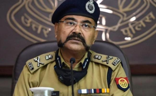 UP Police Said Forensic Reports Show No Semen on Hathras Victim - Sakshi