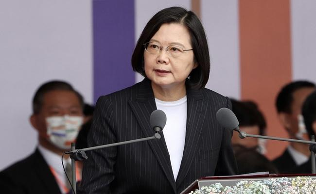 Taiwan President Says Ready For Meaningful Dialogue With China - Sakshi