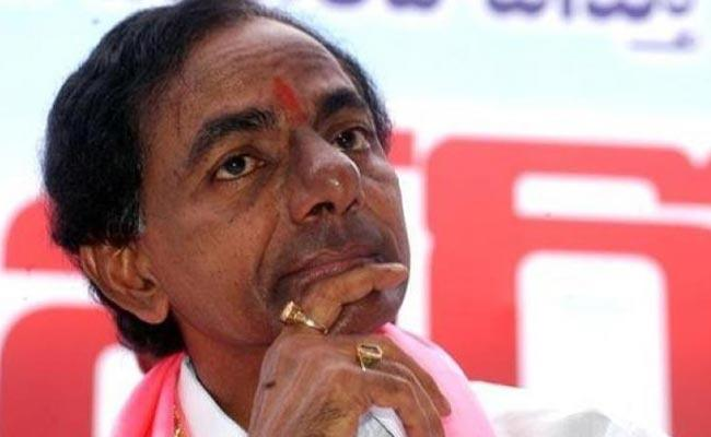 TRS Face Tough Fight In Dubbaka BY Poll - Sakshi