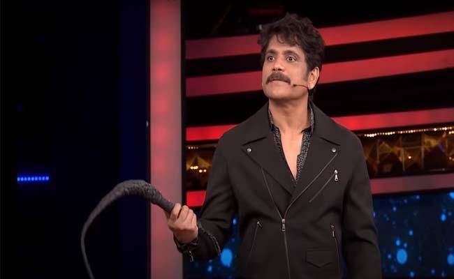 Bigg Boss 4 Telugu: Nagarjuna Serious On Male Contestants - Sakshi