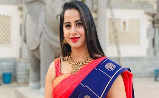 Bigg Boss 4 Telugu: Swathi Deekshith Upset For Nag Not Praising Her - Sakshi