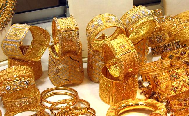 Gold And Silver Prices Edged Higher In Indian Markets - Sakshi
