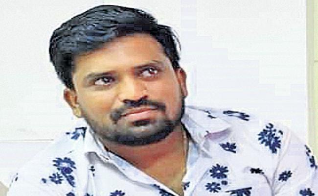 Young man shot dead in Vijayawada - Sakshi